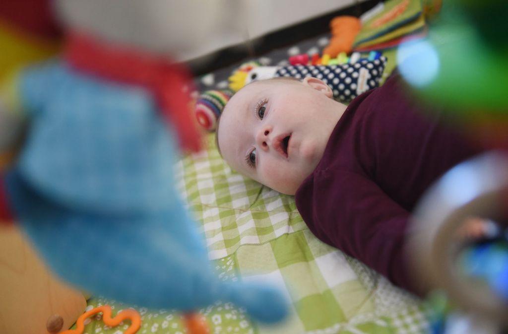Down-Syndrom-Baby sucht Adoptiveltern: Große Resonanz nach ...