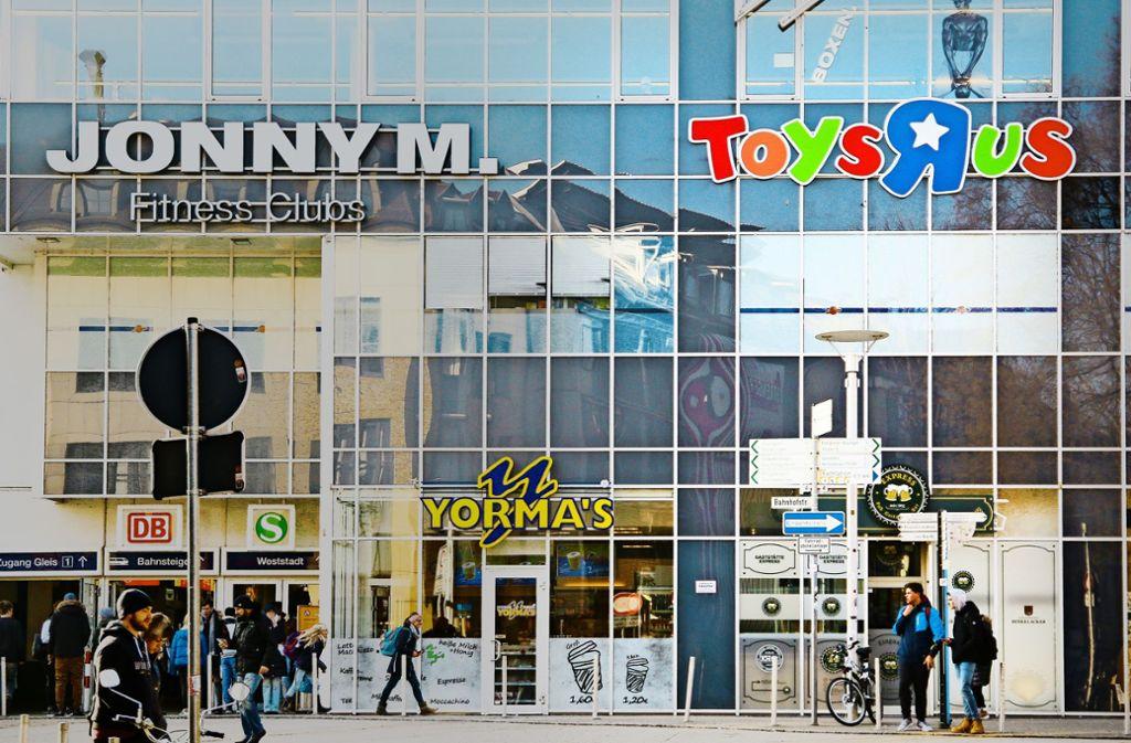 Spielwarenladen Verlässt Ludwigsburg Toys R Us Hat In Der