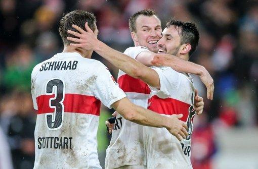 Jubel beim VfB: Die Stuttgarter haben das Spiel in der Schlussphase für sich entschieden Foto: Getty