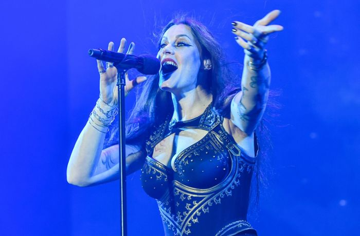 Nightwish in der Stuttgarter Schleyerhalle: Flammenwerfer und Computertiere