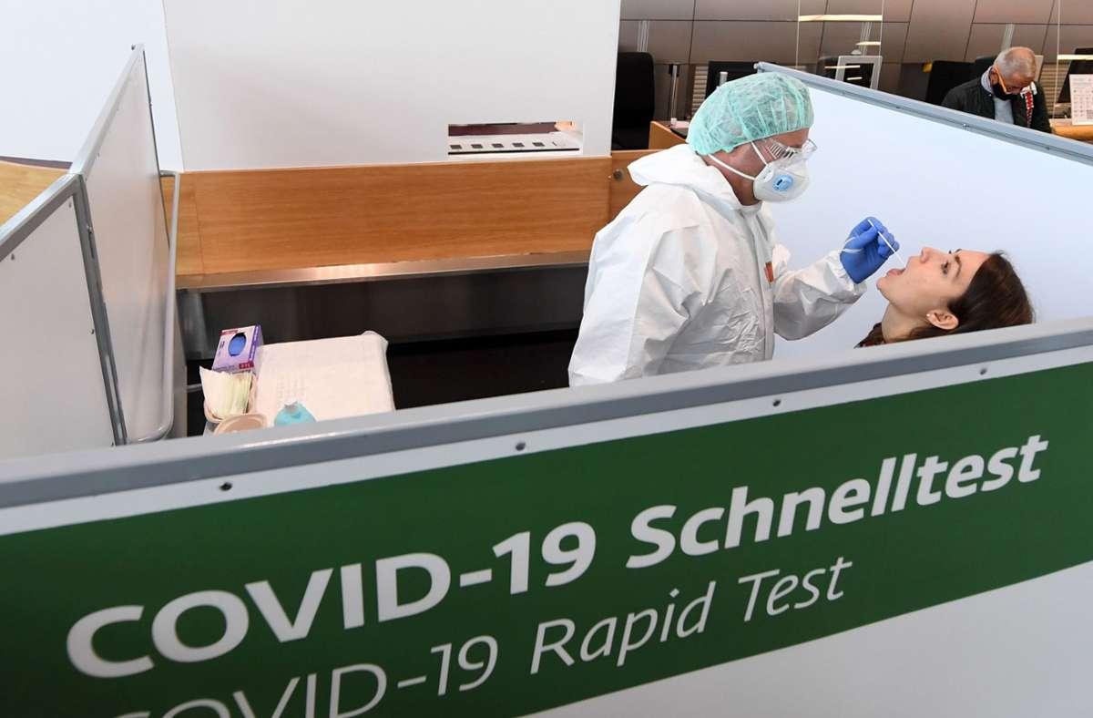 Stuttgart Corona Tests am Flughafen wieder möglich   Stuttgart ...