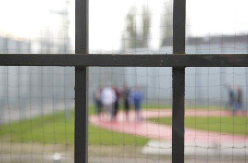 Haftanstalten platzen aus allen Nähten