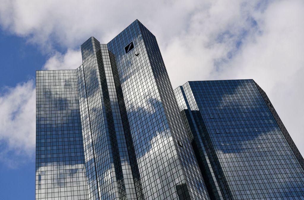 Deutsche Bank Und Commerzbank Deutsche Grossbanken Weltweit Abgehangt Wirtschaft Stuttgarter Zeitung