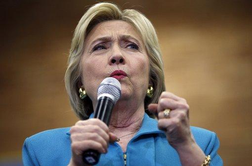 E-Mail-Affäre: Bericht bescheinigt Clinton Fehlverhalten