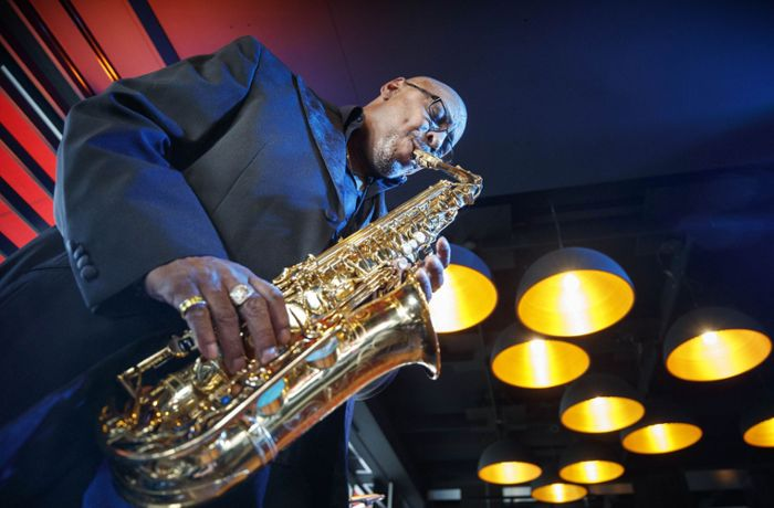 "James-Brown-Saxofonist aus Remshalden: Waldo Weathers ist der ""Pope of Funk"""