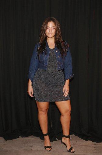 XXL-Model Ashley Graham in New York: Kurven statt Kanten ...
