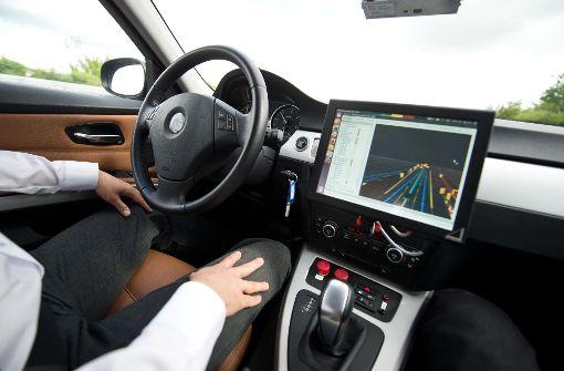 Hersteller selbstfahrender Autos sollen bei Unfällen haften