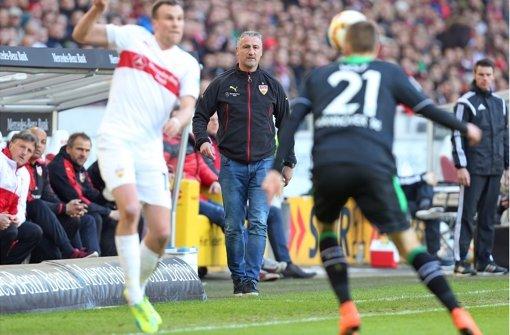 VfB-Coach Jürgen Kramny war mit der Leistung seiner Mannschaft nicht hundertprozentig zufrieden. Die Stimmen zum Spiel zum Durchklicken! Foto: Pressefoto Baumann