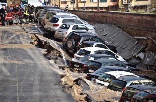 Straße im Zentrum von Florenz abgesackt